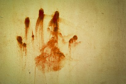 hand bloodstains