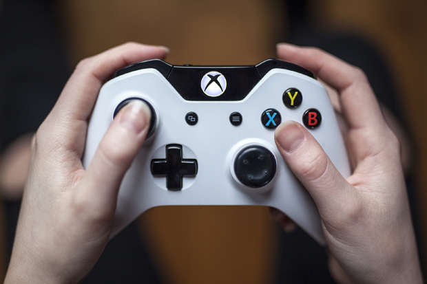 White Xbox One Controller - Close Up
